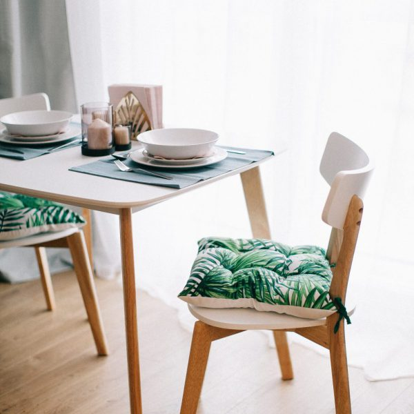 chairs-comfort-contemporary-1813502